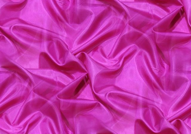Rose Silk 1 Seamless Repeating Background Image