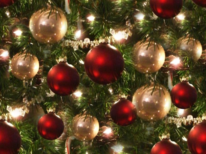 Christmas Tree Red and Silver Baubles Seamless Repeating Background Image